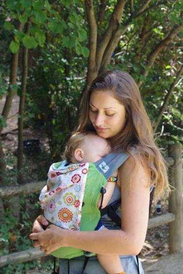 Porte-bébé préformé